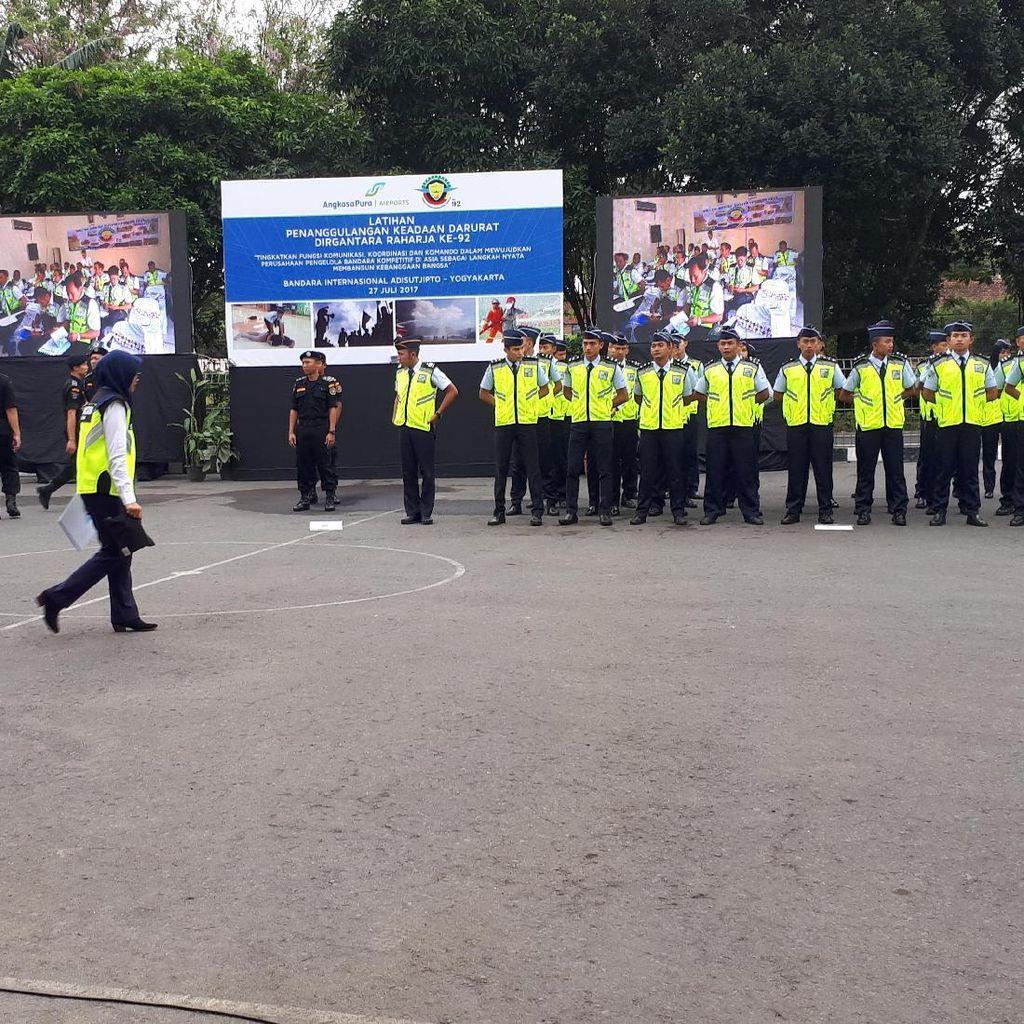 Latihan Darurat Penerbangan, Runway Adisutjipto Yogya Ditutup 1 Jam