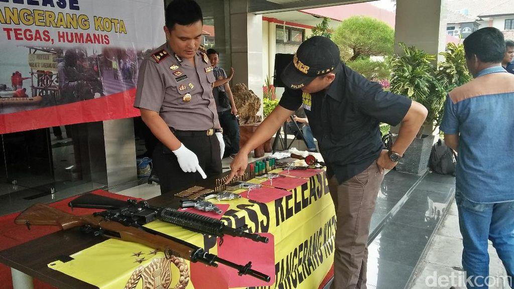 Polisi Tangkap Pemilik dan Perakit Senpi Ilegal di Tangerang