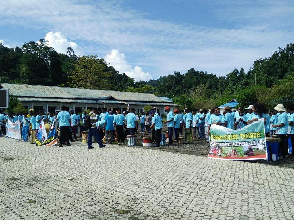 Yang Seru di Raja Ampat Weekend Ini: Suling Tambur Festival
