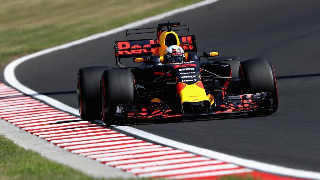 Ricciardo Kuasai Latihan Bebas Kedua