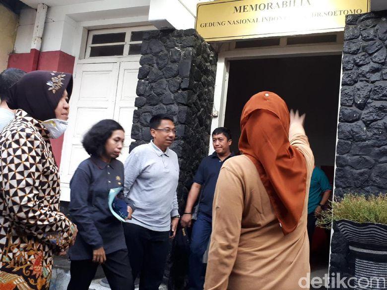 Kunjungi Cagar Budaya, Risma Ingin Hidupkan Wisata Sejarah Surabaya