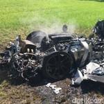 Baru Sejam Dibeli, Ferrari Langsung Hancur Saat Kecelakaan