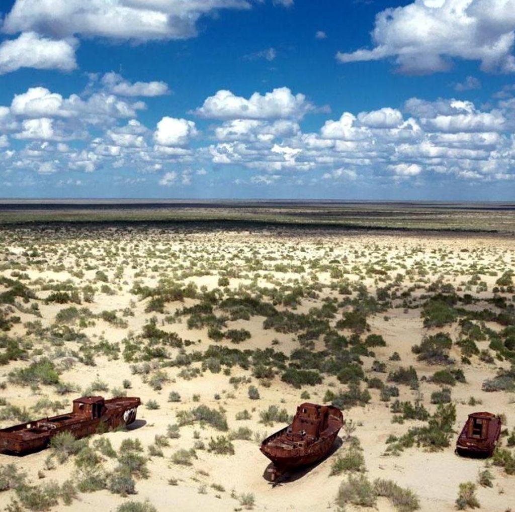 Foto: Laut yang Hilang di Asia Tengah