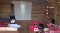 Cerita Brigadir Saleh Bangun SD untuk Anak-anak Petani di Bombana