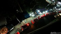 Malam Hari, Pedestrian Pasar Rebo Dikuasai PKL
