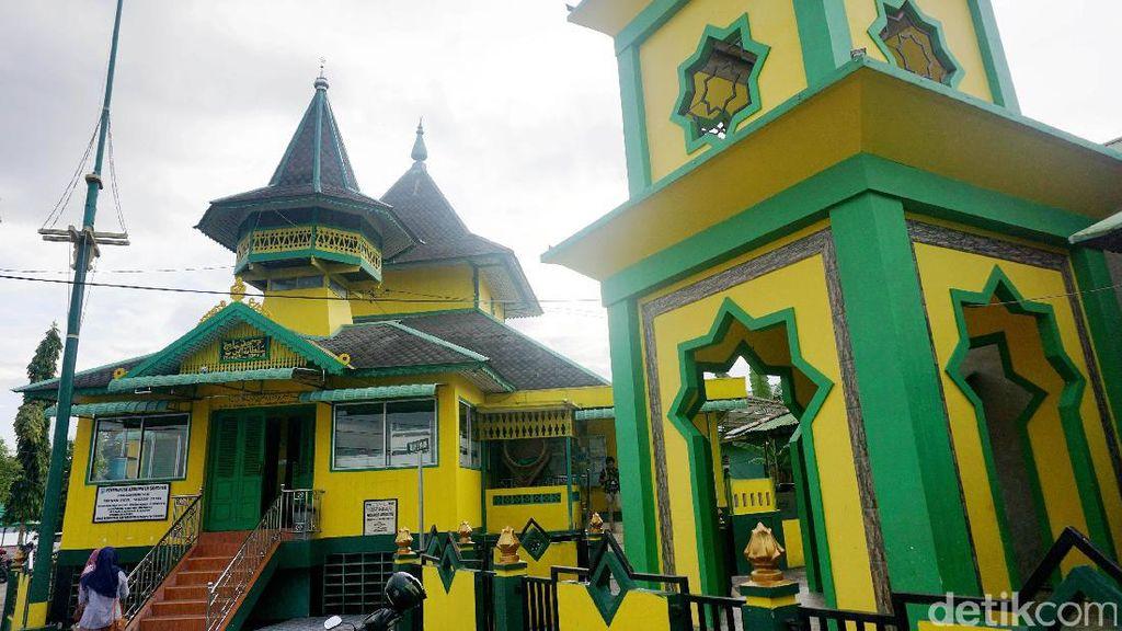 Inilah Masjid Pertama di Sanggau