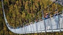 Jembatan Gantung Terpanjang Bagi Pejalan Kaki Dibuka di Zermatt Swiss