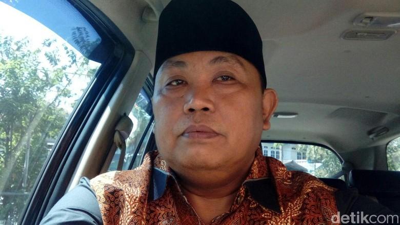 Apa Maksud Waketum Gerindra Arief - Jakarta Wakil Ketua Umum Partai Gerindra Arief Poyuono sempat membuat geger terkait pernyataannya yang mengatakan PDIP Disamakan dengan