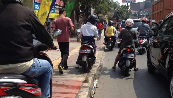 Operasi 2 Hari, 930 Kendaraan Ditindak di Bulan Tertib Trotoar