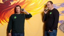 Raksasa WhatsApp Ternyata Hasil Keisengan Dua Sobat Pengangguran