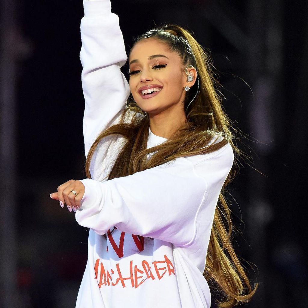 Dituduh Tak Sopan di Korea Selatan, Ini Kata Ariana Grande