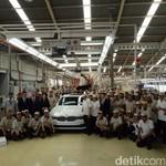 Rakit Seri 5 di Indonesia, BMW Siap Bagi Ilmu dengan Mitra Lokal
