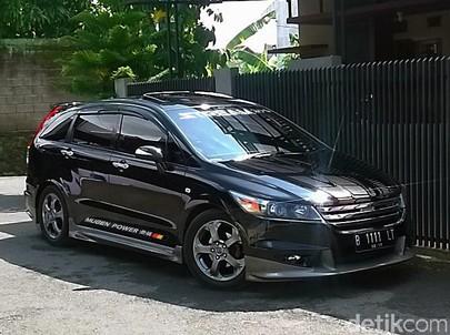 Honda Stream Sporty MPV, Kinclong!