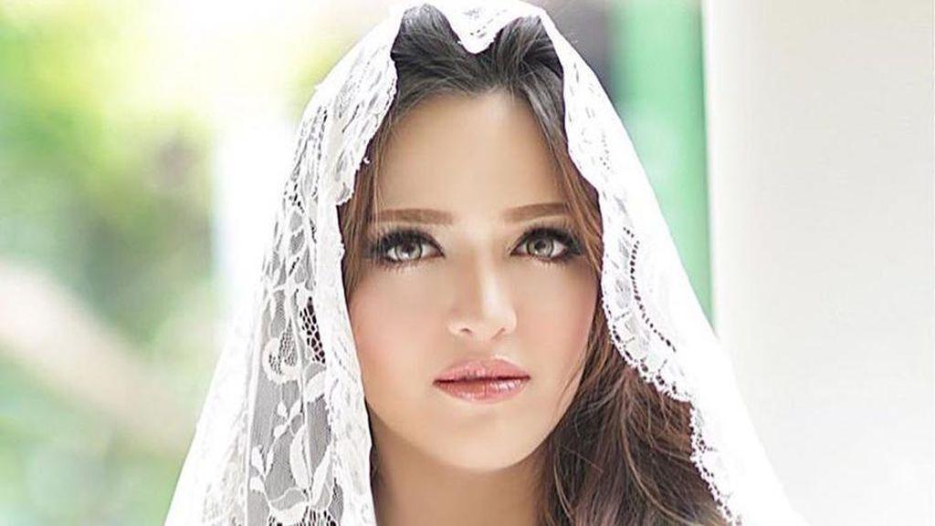 Ingin Makeup Barbie Secantik Nia Ramadhani? Ini Biaya yang Harus Dikeluarkan