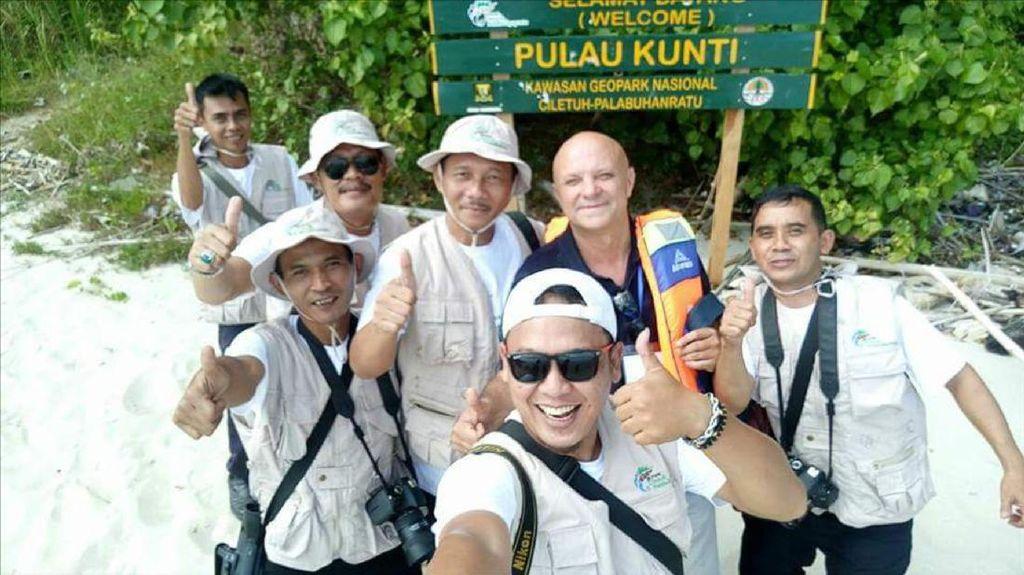 Tim UNESCO Lihat Pulau Kunti di Area Geopark Ciletuh