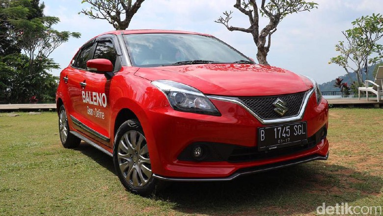 Menjajal Suzuki Baleno Hatchback di Sekitaran Jakarta
