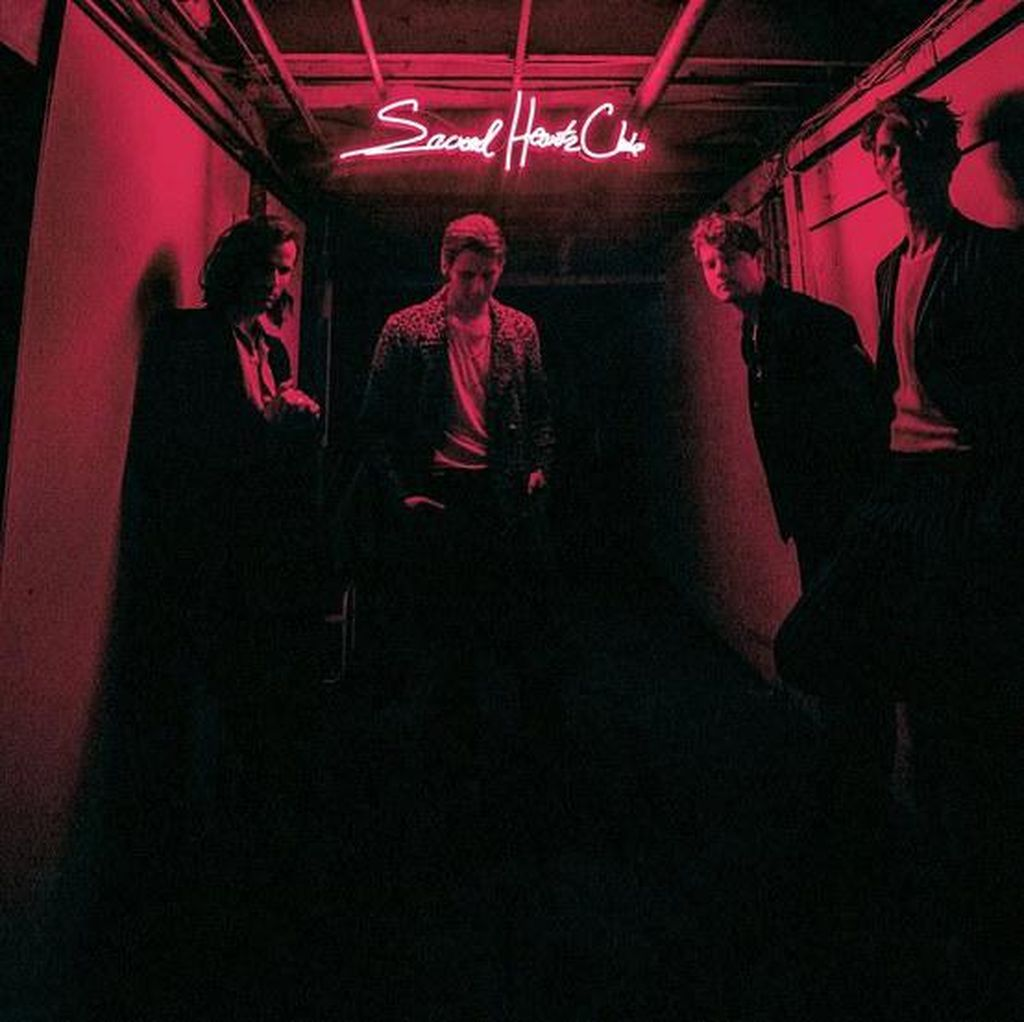 Sacred Hearts Club Foster the People: Bersenang-senang dalam Nuansa Psychedelic