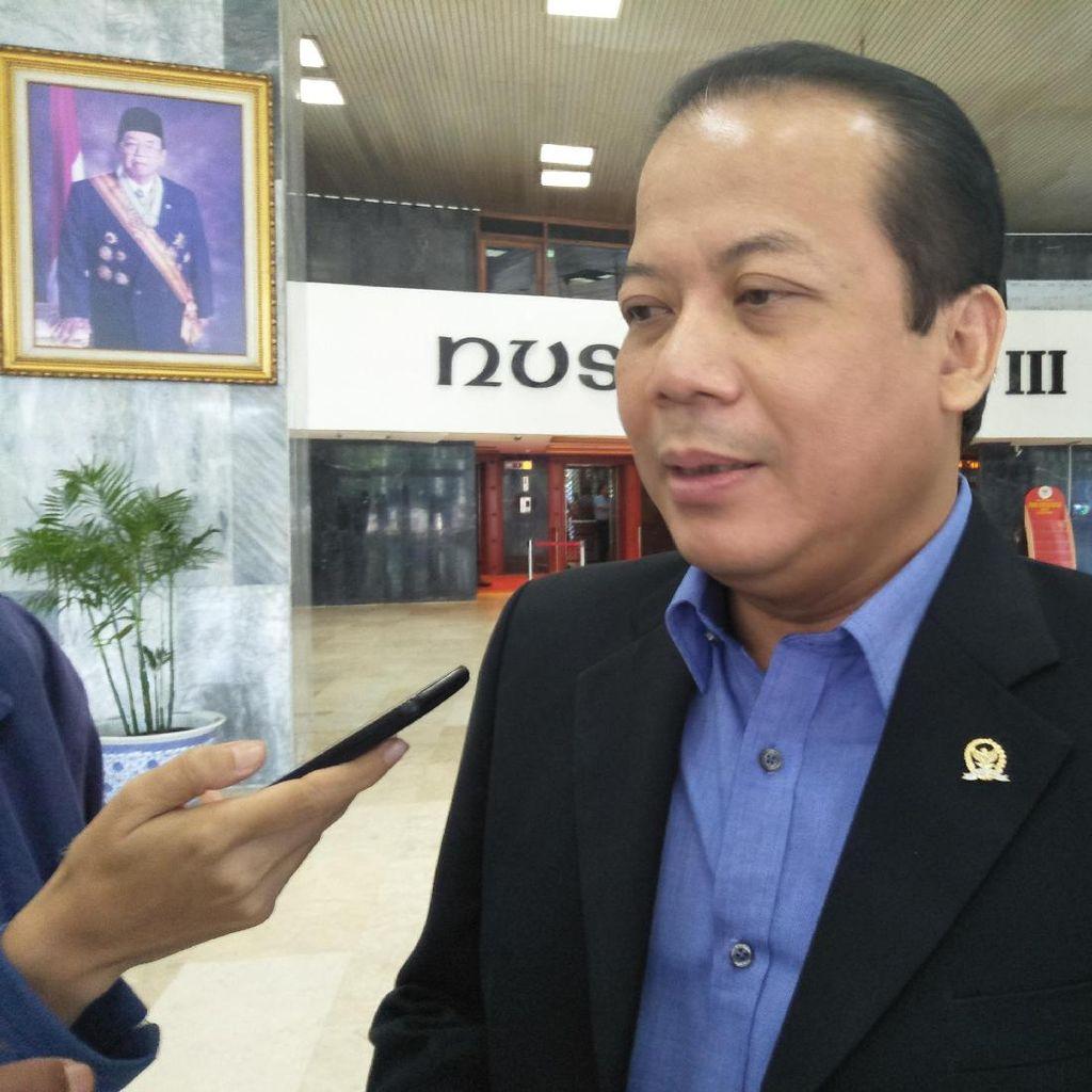 DPR Minta Kementerian PUPR Analisis Kemiringan Gedung Nusantara I