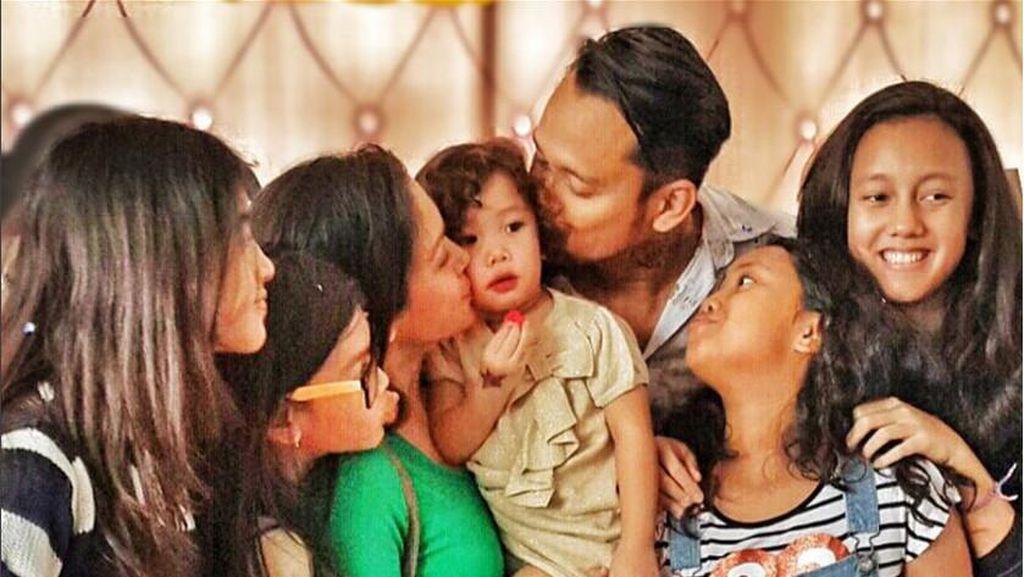 Curhatan Menyentuh Mieke Amalia yang Sangat Rindu dengan Tora Sudiro