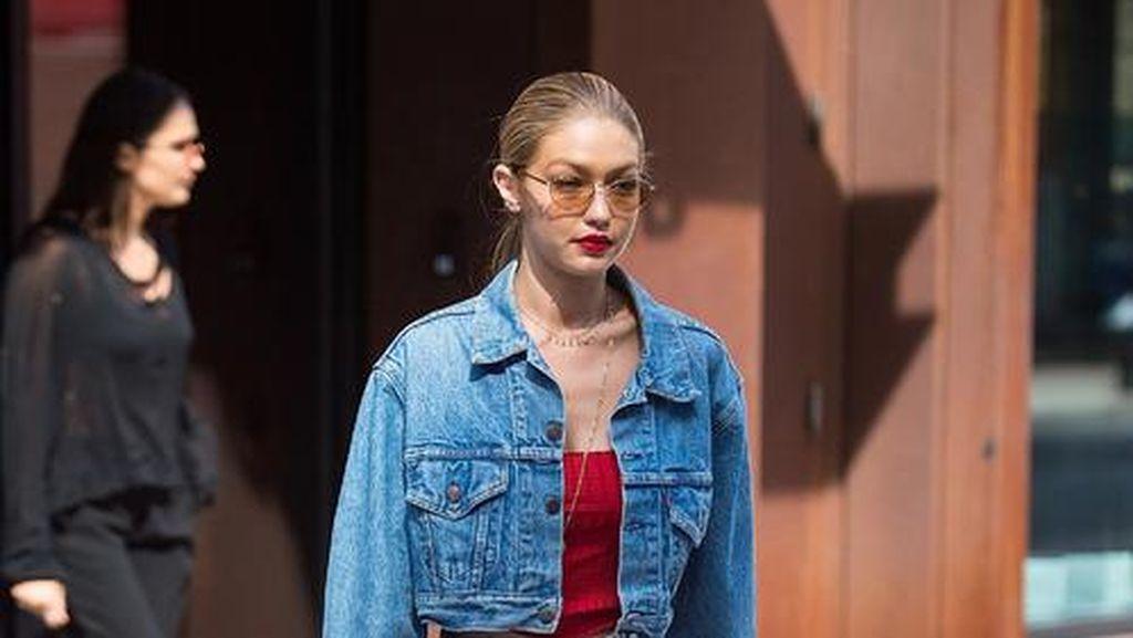 Foto: 7 Tips Pakai Jeans Agar Lebih Stylish ala Gigi Hadid
