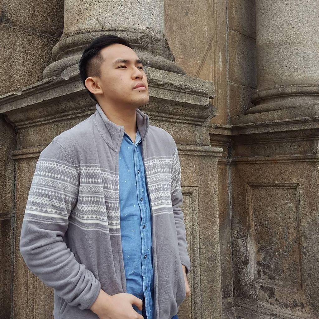 Kenalan dengan Ilustrator Sampul Harry Potter Versi Indonesia, Nicholas Filbert!