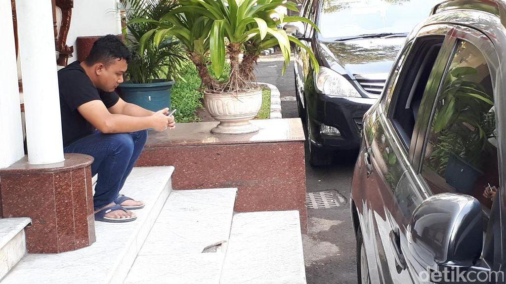 Anak Wali Kota Risma Serahkan Kasus Pecah Kaca Mobil ke Polisi