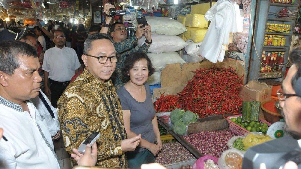 Daya Beli Turun, Zulkifli Hasan Dicurhati Pedagang di Medan