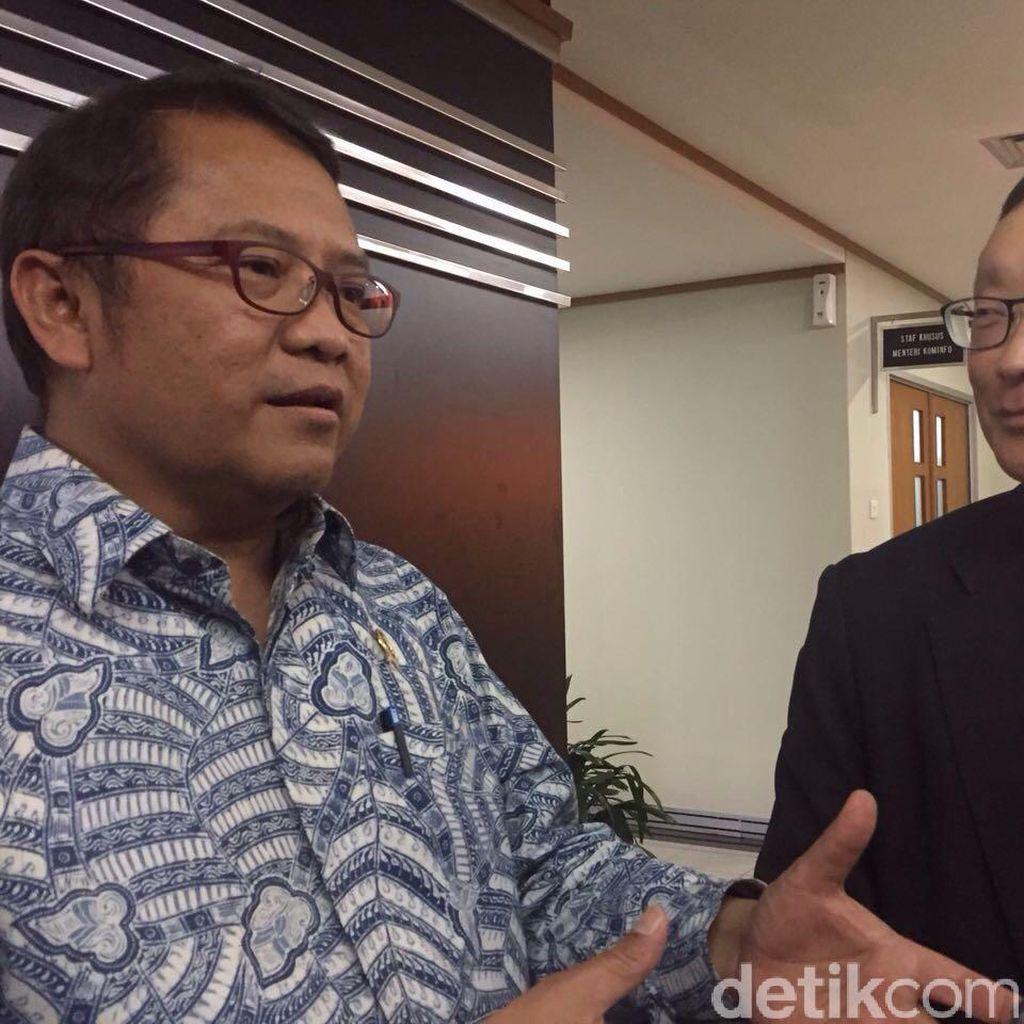 CEO BlackBerry Tawari Menkominfo Aplikasi Anti Sadap