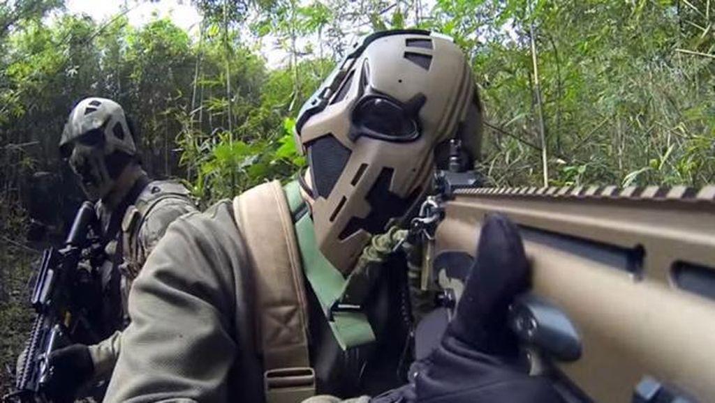 Pasukan Elit SAS Jajal Helm Canggih Anti Peluru Mirip Star Wars