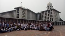 Saat Siswa Lintas Agama Mengenal Islam di Masjid Istiqlal