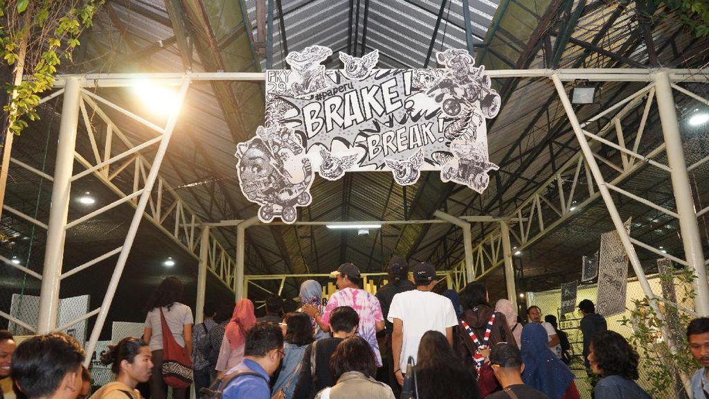 Pameran Seni Digelar di Lapangan Futsal Ada di FKY 29
