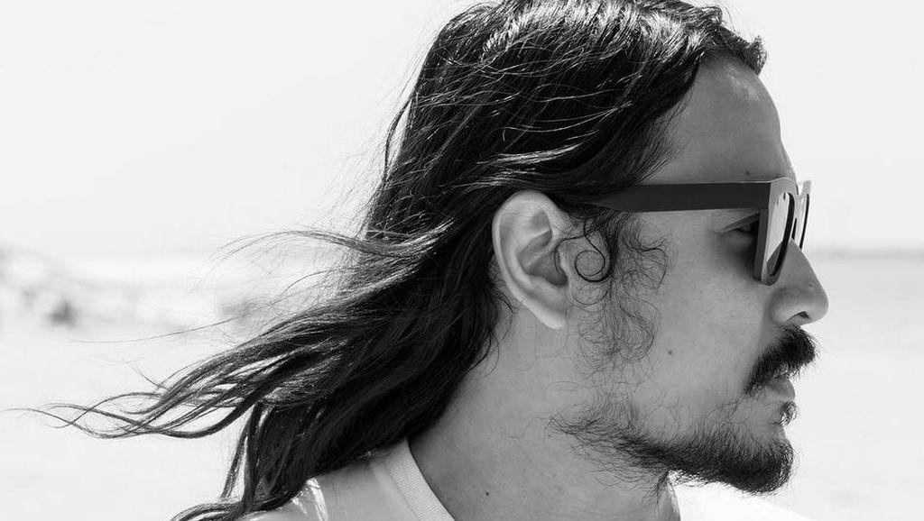 Ello Jadi Rajin Bikin Lagu dan Kini Lebih Bersih