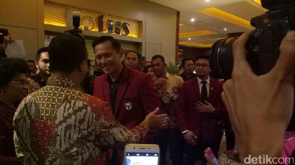 Anies-Sandi Hadiri Peluncuran The Yudhoyono Institute