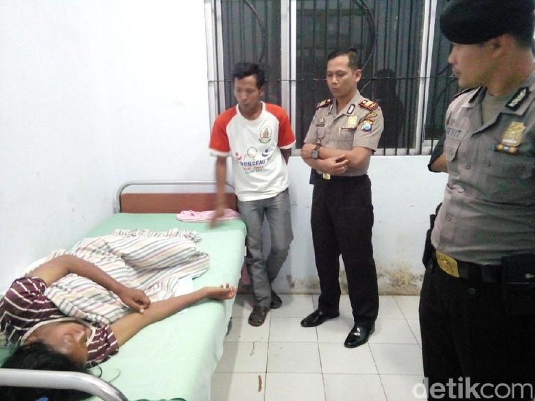 Gelandangan Melahirkan di Trenggalek Pergi - Trenggalek gelandangan yang melahirkan di teras rumah warga di Trenggalek telah meninggalkan rumahnya di Jawa sejak bulan Namun