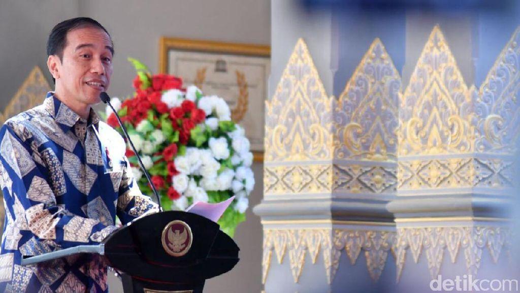 Putar Balik, Jokowi Nonton Konser di Kemayoran
