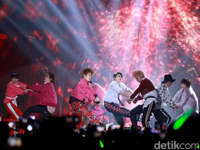 NCT 127: Cherry Bomb Beda dengan Album-album Sebelumnya
