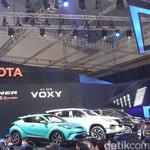 Toyota Luncurkan Voxy dan Fortuner TRD