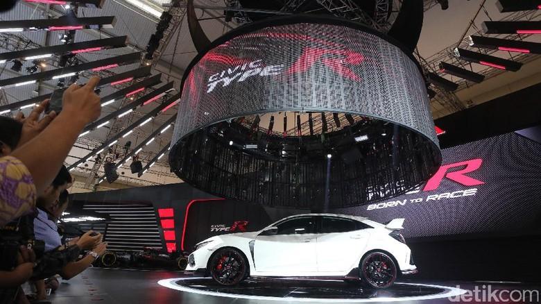 Lahirkan Civic Type R, Honda Tak Kepikiran Pakai Transmisi Otomatis