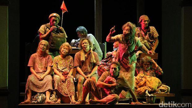 'Warisan' Teater Koma: Antara Korupsi dan Utang Negara