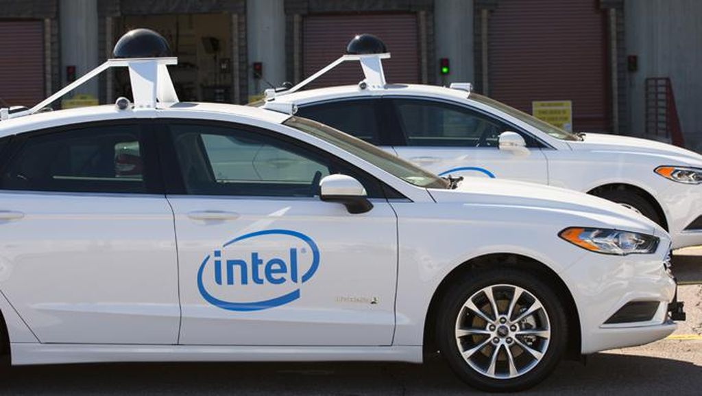 Intel Siapkan 100 Mobil Otonom