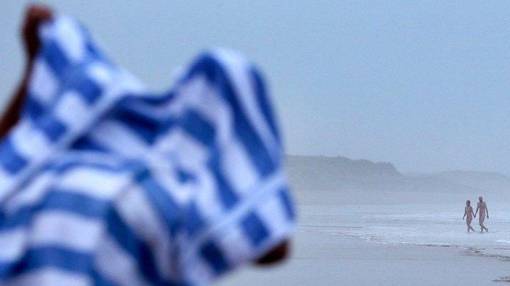 Dor! Ada Penembakan di Pantai Kaum Nudis di Pulau Corsica Prancis