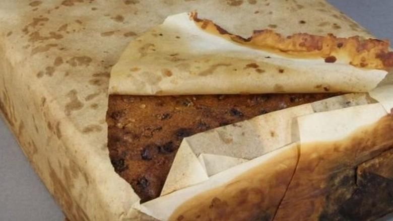 Kue Buah Berusia 106 Tahun Ditemukan di Antartika