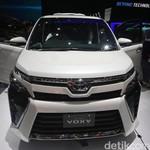 Toyota Voxy Tiba di Garasi Konsumen 2 Bulan Lagi