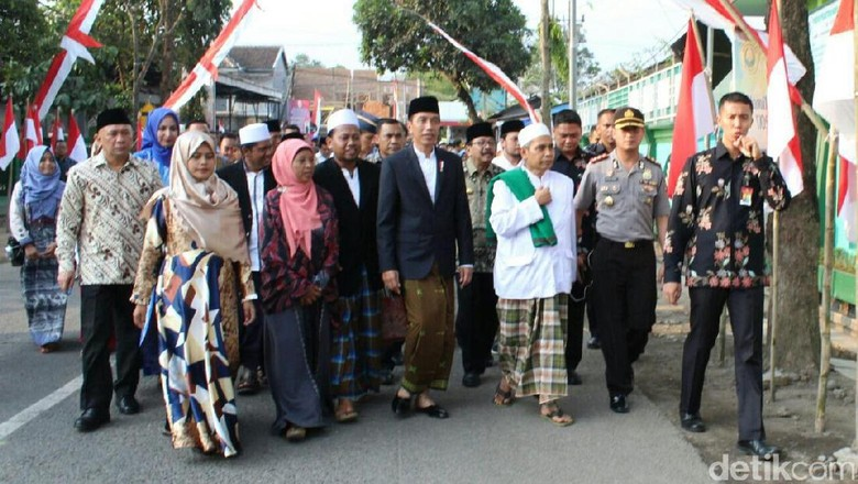 Hotel Tempat Jokowi Menginap Selama di Jember Dijaga 300 Polisi