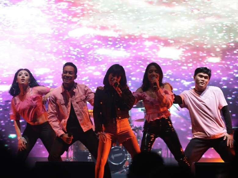 Isyana, Jaz hingga Fatin Tampil Sepanggung di We The Fest 2017