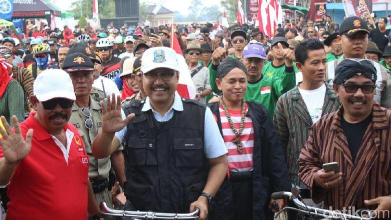 10 Ribu Peserta Gowes Nasional Penuhi Jalanan di Blitar