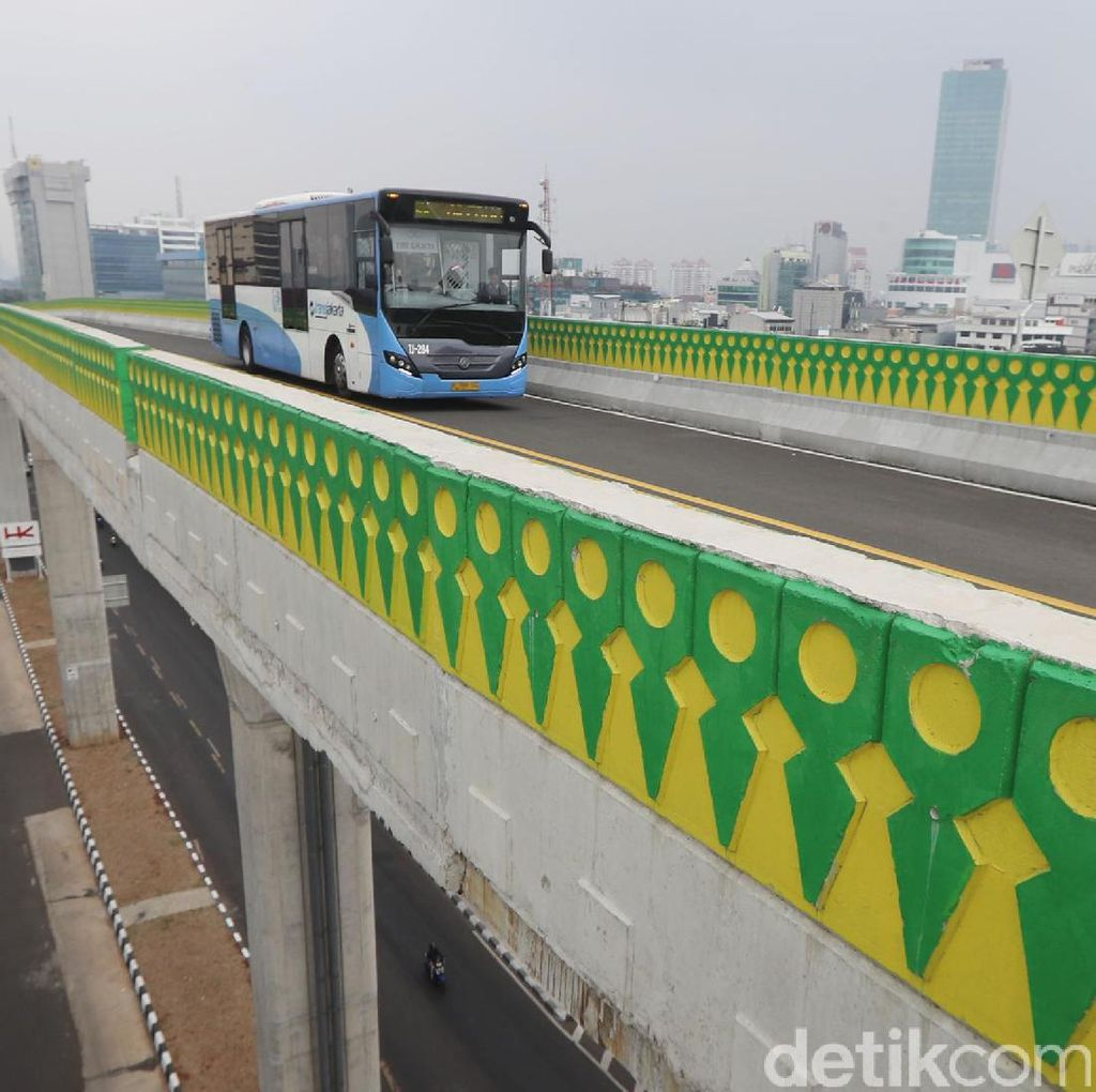 Demi Layani Warga DKI, Djarot Minta TransJ Kembangkan Bus Feeder