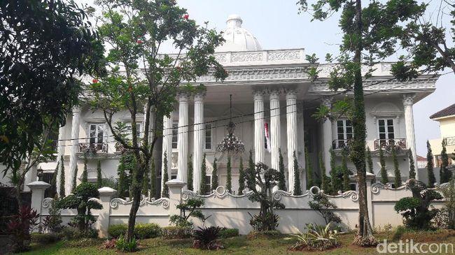 BKSL Mewah! Begini Penampakan Rumah Bos First Travel di Sentul City