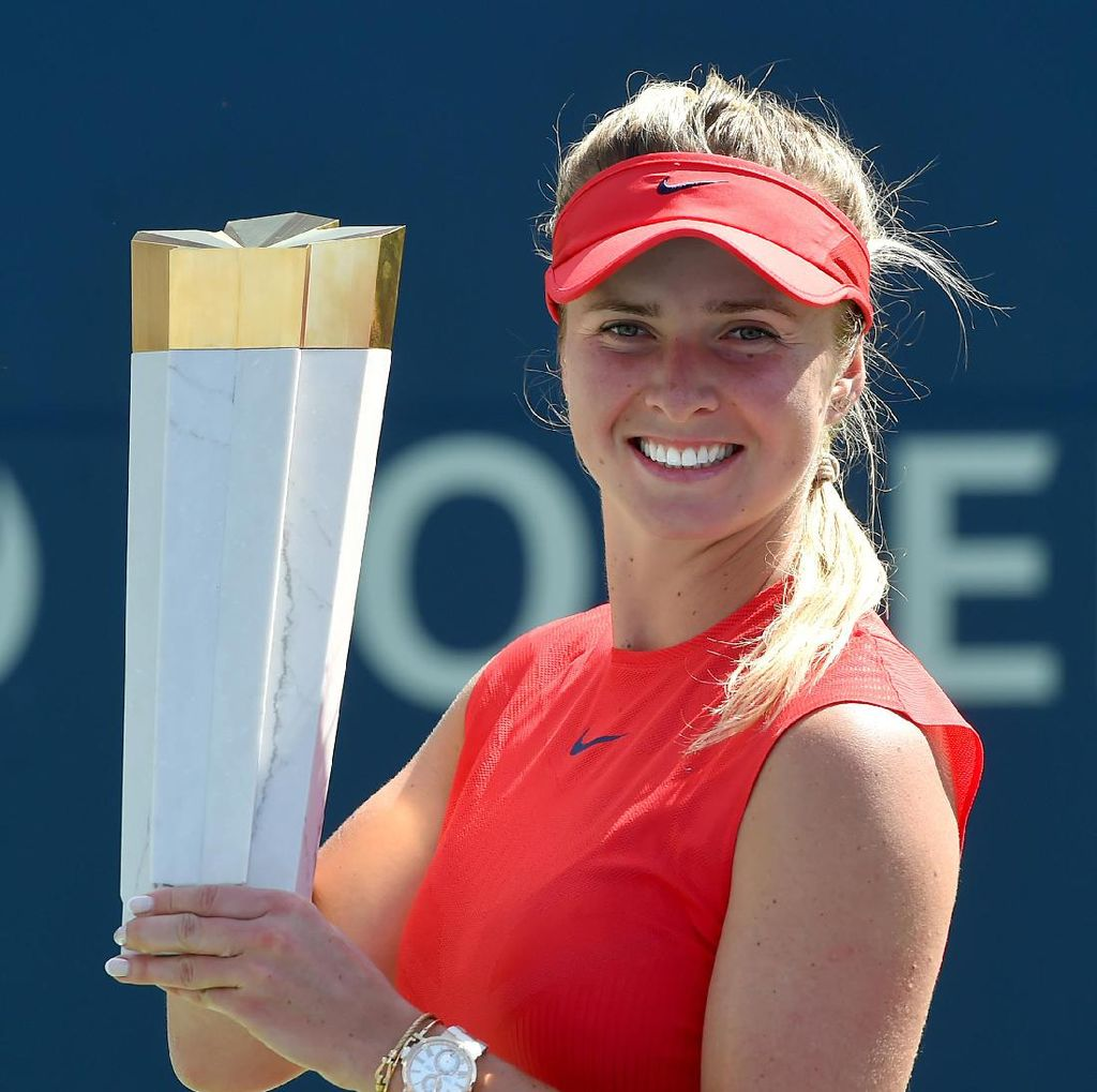 Hempaskan Wozniacki, Svitolina Rebut Gelar Juara