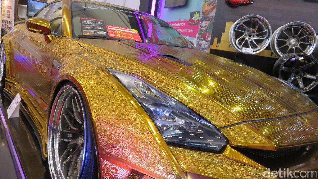 Mobil Termahal yang Mejeng di GIIAS 2017